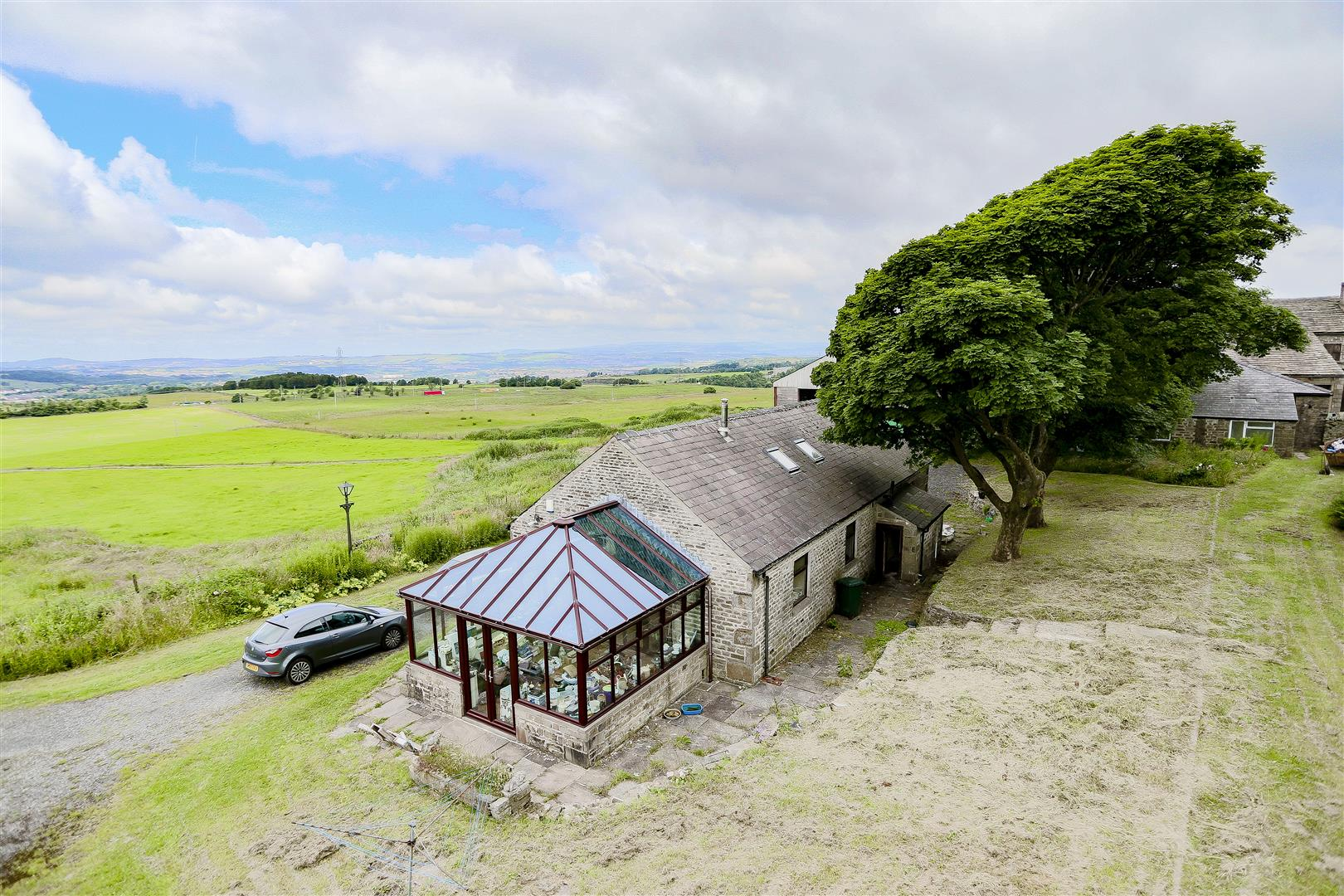 2 Bedroom Barn Conversion For Sale - IMG_2418.jpg